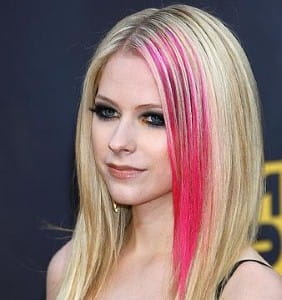 Avril Lavigne unwinds in the kitchen with her culinary herbs