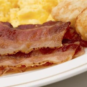 Bacon can be served with quince for a unique flavour pairing