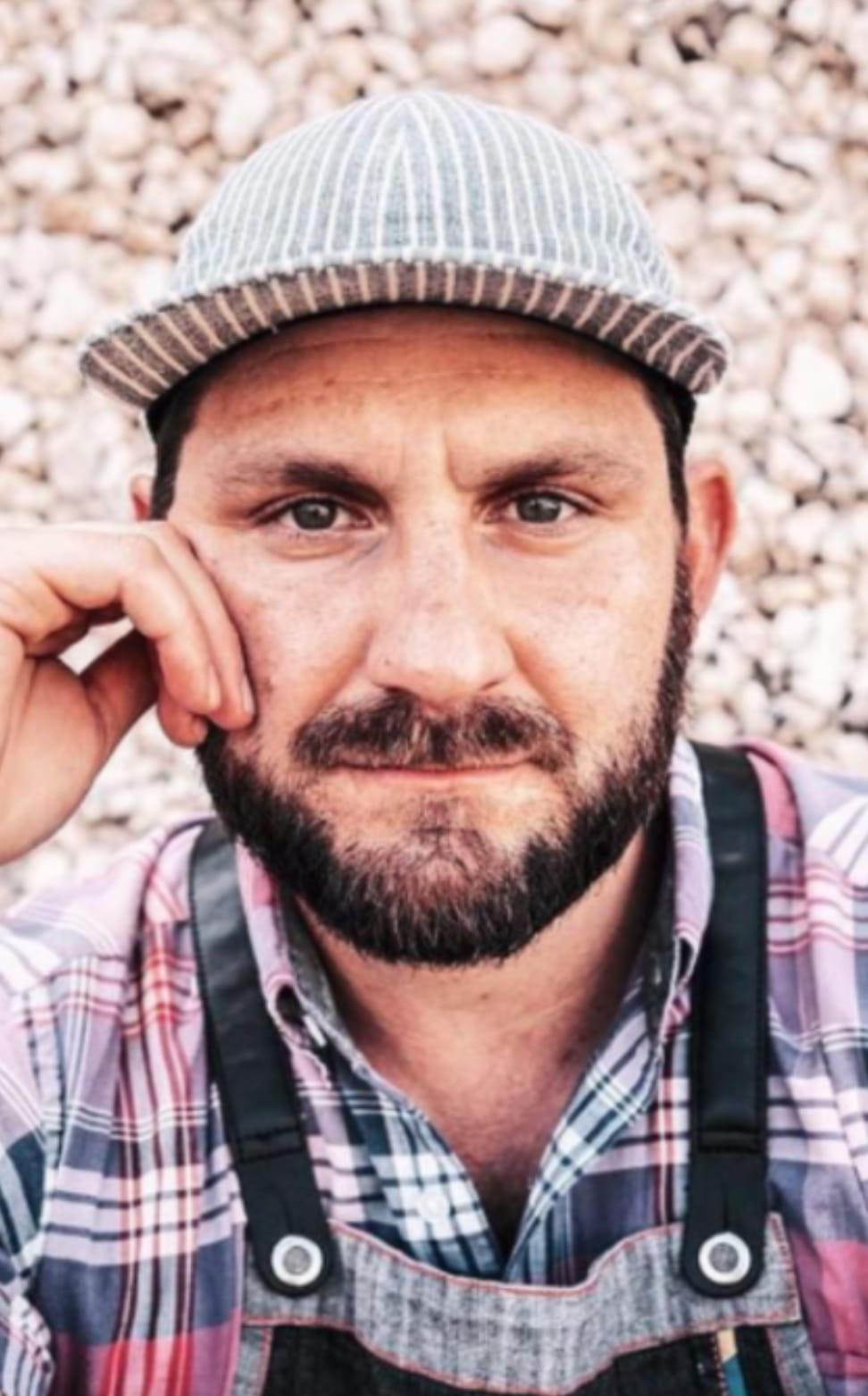 Chef Gabe Erales Headshot
