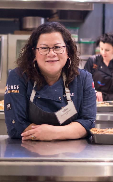 Chef Nicole Gomes Headshot