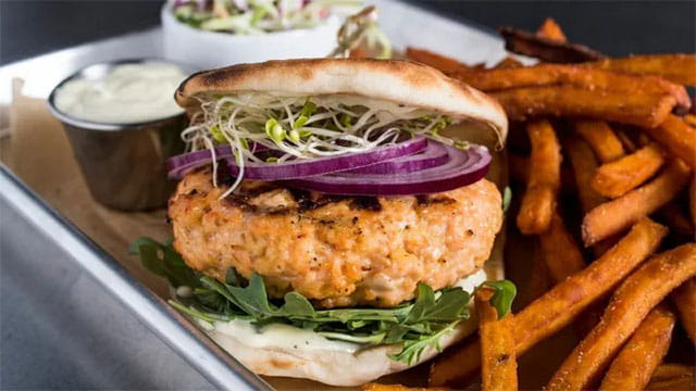 Salmon Burger With Lemon Pepper Aioli