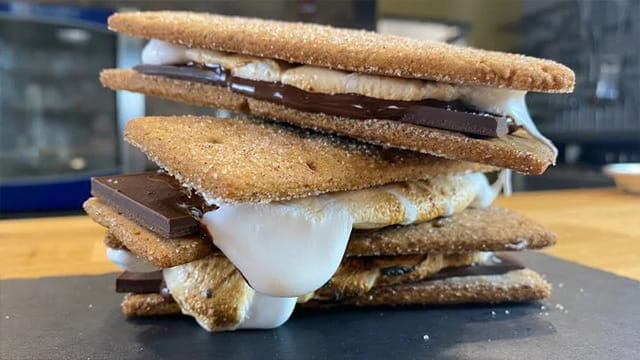 HOUSEMADE S'MORES
