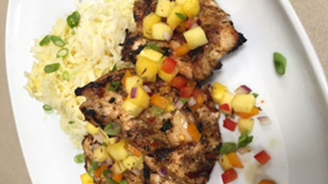 JERK CHICKEN WITH MANGO SALSA/McCormickForChefs2017/Modules/delivery main/jerk