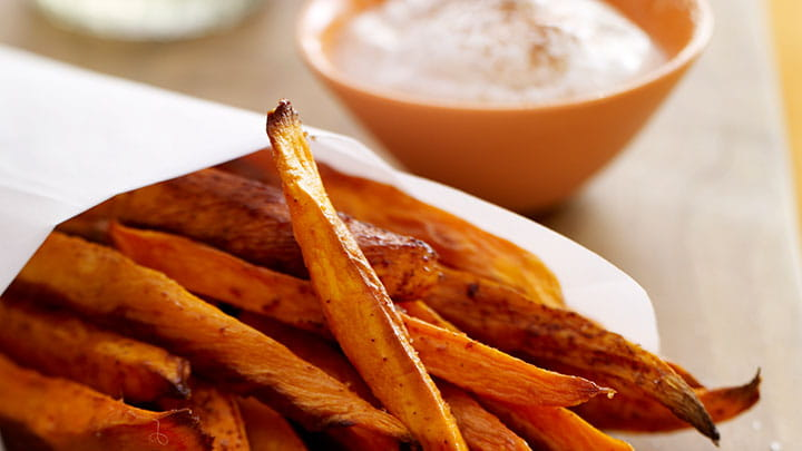 Smoked Paprika Seasoned Fries with Romesco Dip