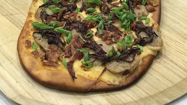 Beer_Cheese_Bratwurst_Pretzel_Flatbread_720x405_2