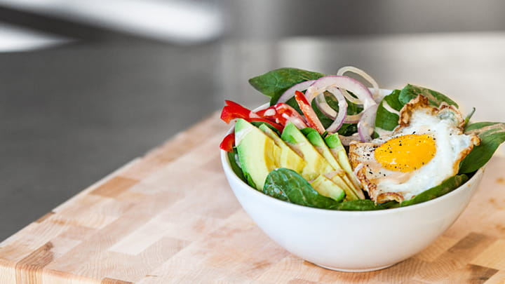 Fiery Red Curry Avocado Breakfast Bowl
