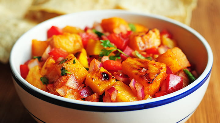 grilled_fruit_salsa_with_lime_tequila_and_smoked_paprika_720x405