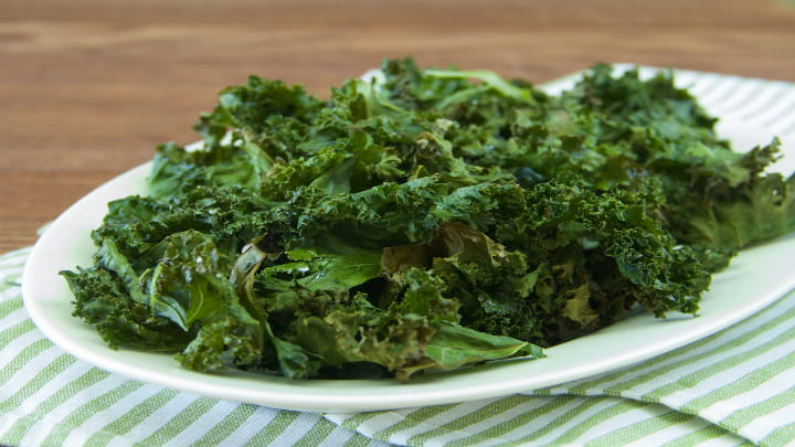 herbed_kale_chips_720x405