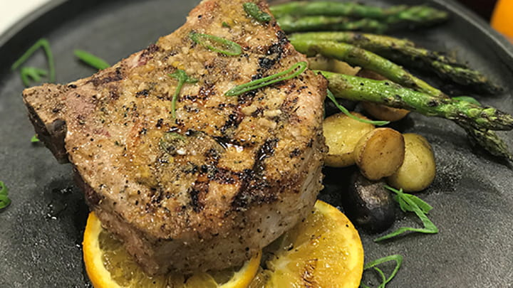 Perfect Pinch Grilled Pork Chops