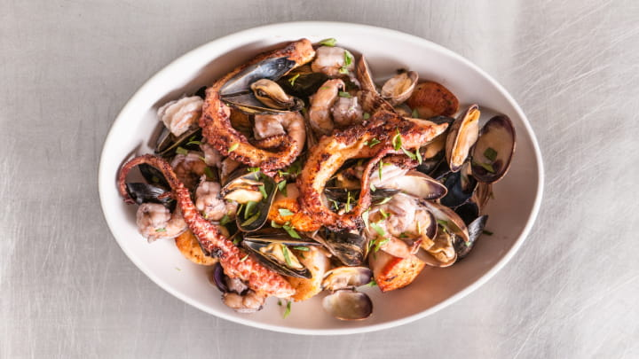 seafood_feast_mikel_anthony_720x405