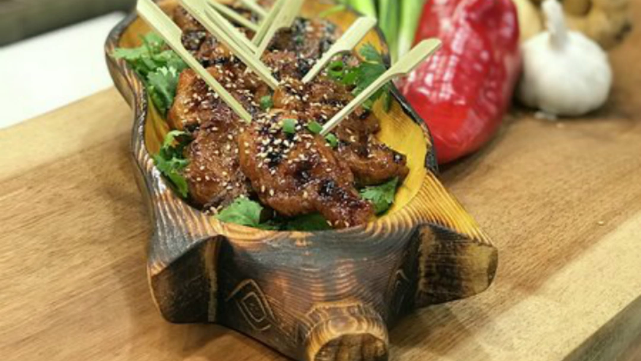 stinging_asian_pork_wings_720x405