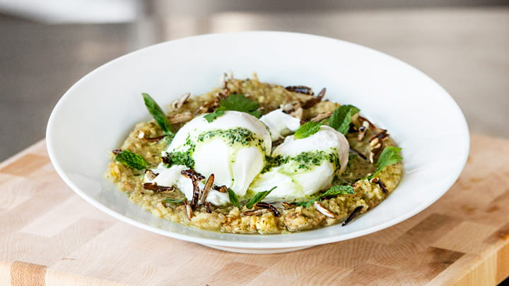 Thai Green Curry Congee w/ Sausage, Eggs and Rice