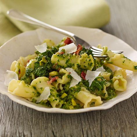 Kale Bacon and Pistachio Pasta