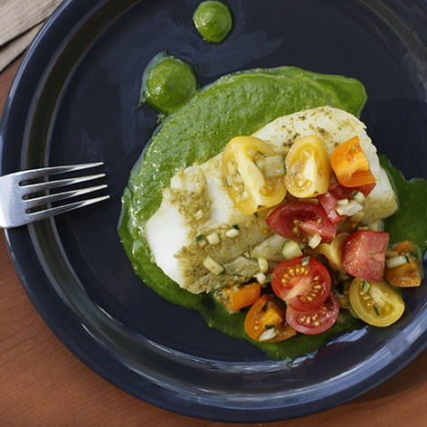 Matcha Baked Cod with Spinach Pesto and Tomato Salad