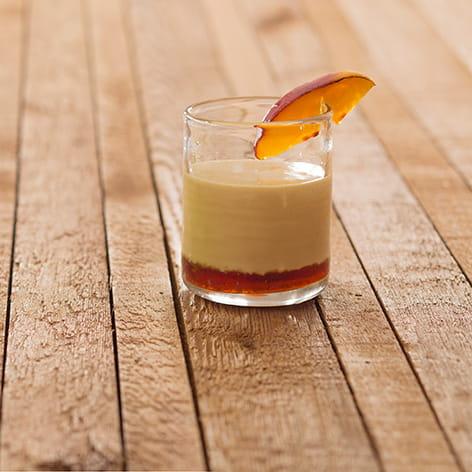 Peach and Vanilla Brûlée Cocktail
