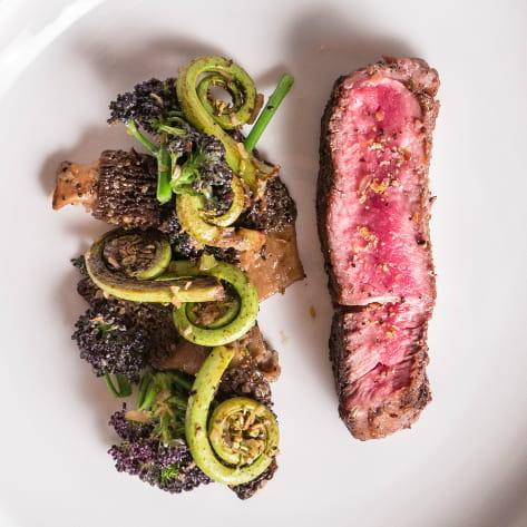 ribeye_with_montreal_steak_seasoned_vegetables_mikel_anthony_720x405