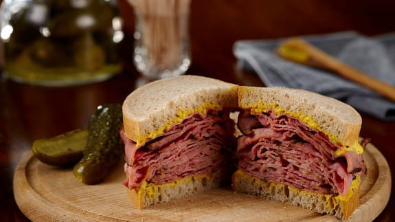 traditional-canadian-meat-sandwich
