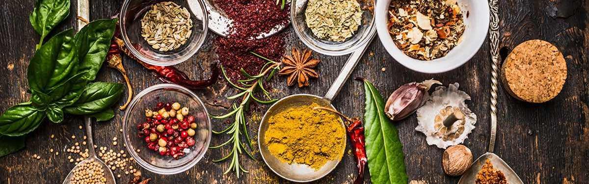 Kruiden en specerijen kunnen een gerecht vele smaken geven