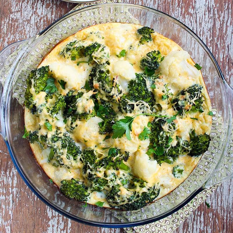Broccolisalade met geitenkaas
