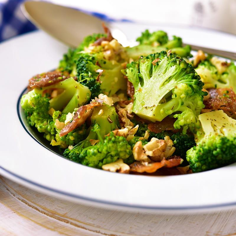 Broccolistamppot met noten