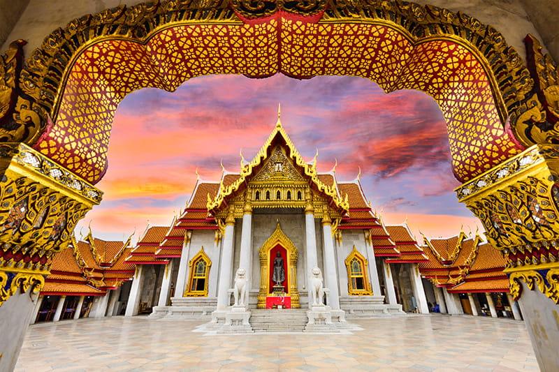 Wunderschöne buddhistische Tempel: Bangkok