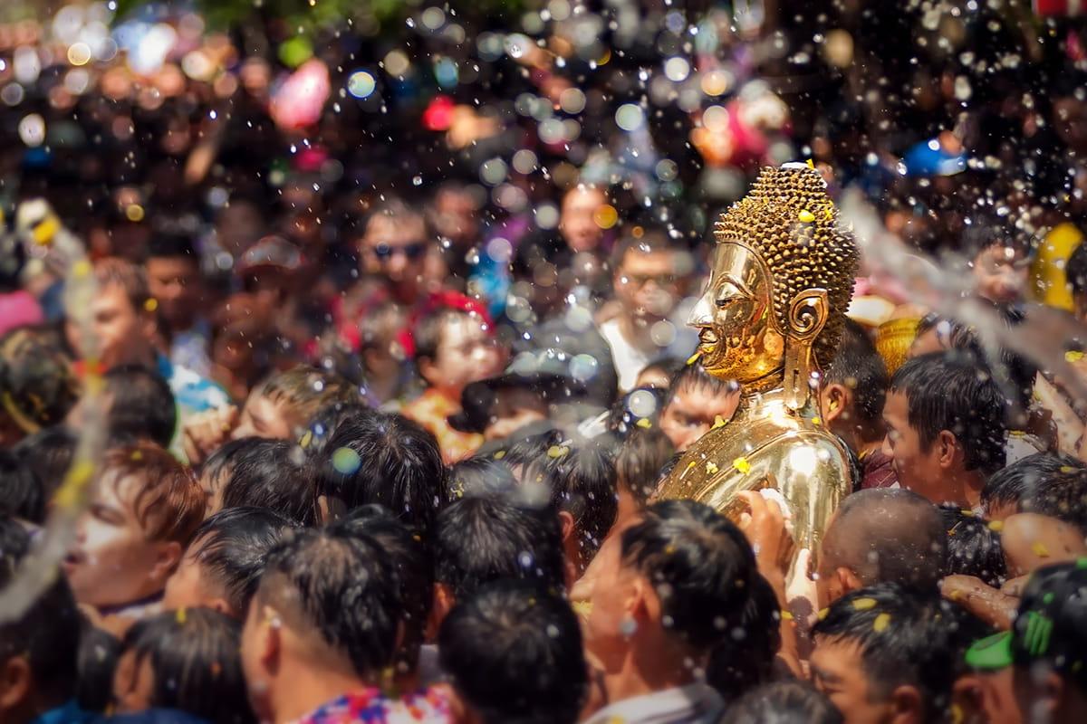Alles übers Songkran Festival: das thailändische Neujahr