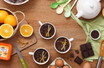 mousse_au_chocolat_aux_zestes_d_oranges_confites_2000X1125
